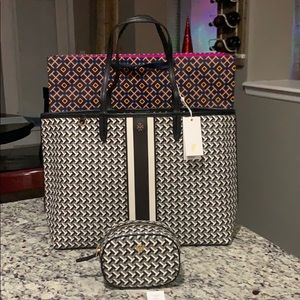 NWT Authentic Tory Burch T Link Tote & Small bag